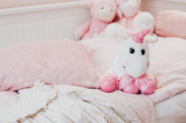 łóżeczko dla niemowlęcia